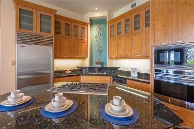 Honolulu Condo/Townhouse For Sale: 427 Launiu Street #504