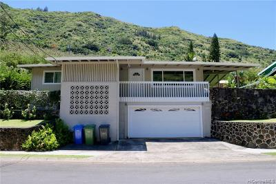 Honolulu Single Family Home For Sale: 1189 Hind Iuka Drive
