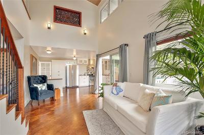 Single Family Home In Escrow Showing: 1431 10th Avenue #C