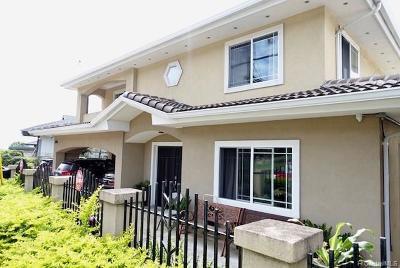 Single Family Home For Sale: 2556 Kalihi Street