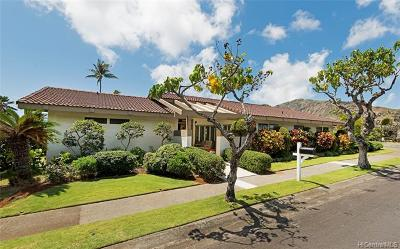 Honolulu Single Family Home For Sale: 7747 Kalohelani Place