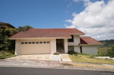 MARINERS RIDGE Single Family Home For Sale: 1072 Kaumoku Street