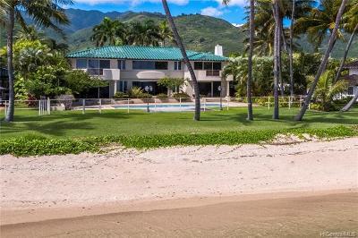 Honolulu Single Family Home For Sale: 5611 Kalanianaole Highway