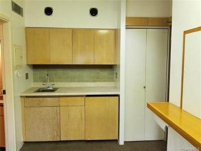 Honolulu, Kailua, Waimanalo, Honolulu, Kaneohe Rental For Rent: 1188 Bishop Street #1007