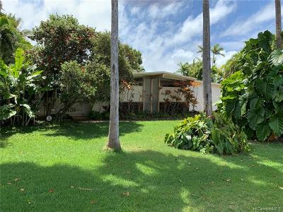 Kailua Single Family Home For Sale: 728 Nunu Street
