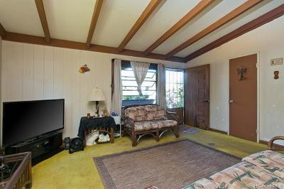 Single Family Home For Sale: 1031 Holoholo Street