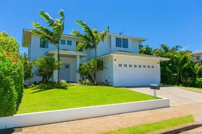 Single Family Home For Sale: 1038 Hunakai Street