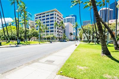 Honolulu HI Commercial For Sale: $287,000