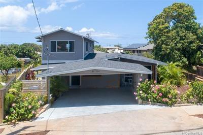 Single Family Home For Sale: 86-204 Kawili Street