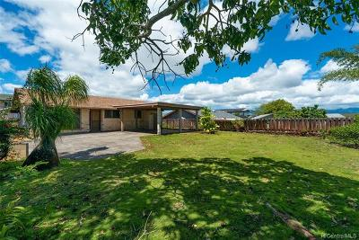 Pearl City Single Family Home For Sale: 1760 Komo Mai Drive
