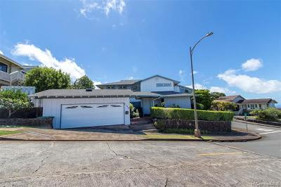 Honolulu Single Family Home For Sale: 2129 Halekoa Drive