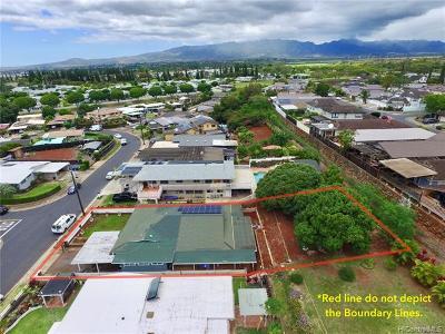 Waipahu Single Family Home For Sale: 94-1056 Lumi Street