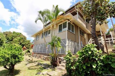 Honolulu Single Family Home For Sale: 1732 Skyline Drive