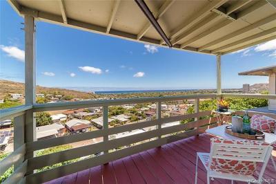 Honolulu Single Family Home For Sale: 1476 Halekoa Drive