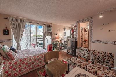 Condo/Townhouse For Sale: 2463 Kuhio Avenue #609