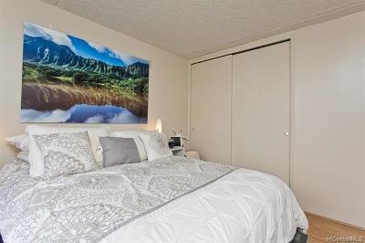 Honolulu Condo/Townhouse For Sale: 411 Hobron Lane #2702