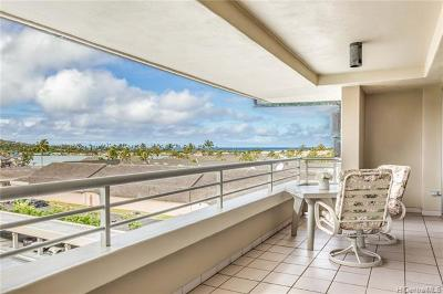 Honolulu County Condo/Townhouse For Sale: 1 Keahole Place #2604