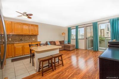 Honolulu Condo/Townhouse For Sale: 509 University Avenue #703
