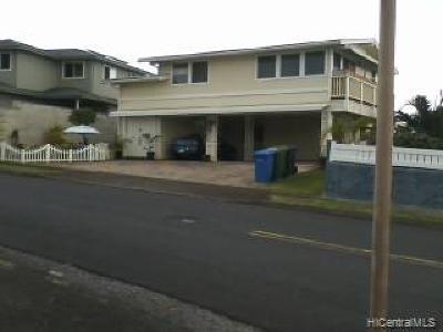 Central Oahu, Diamond Head, Ewa Plain, Hawaii Kai, Honolulu County, Kailua, Kaneohe, Leeward Coast, Makakilo, Metro Oahu, North Shore, Pearl City, Waipahu Rental For Rent: 2457 Auhuhu Streets #1