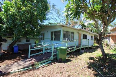 Honolulu Single Family Home For Sale: 2120 Kahaha Street