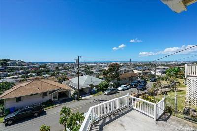 Honolulu Single Family Home For Sale: 1627 Kealia Drive