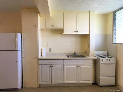 Honolulu HI Condo/Townhouse For Sale: $189,000