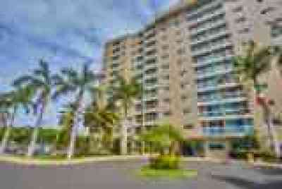 Waipahu Condo/Townhouse For Sale: 94-979 Kauolu Place #913