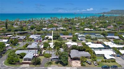 Kailua Single Family Home For Sale: 1006 Mokapu Boulevard