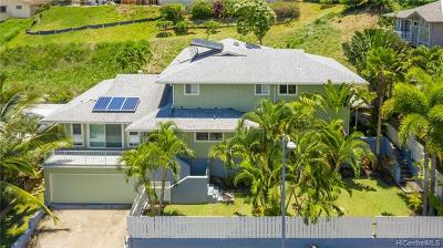 Kailua Single Family Home For Sale: 1386 Nanialii Street