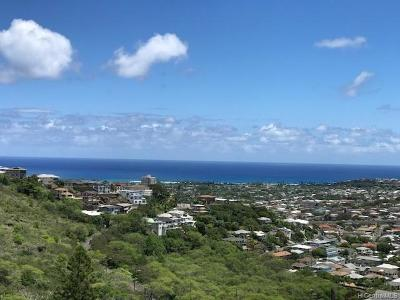 Honolulu Single Family Home For Sale: 1709 Iwi Way