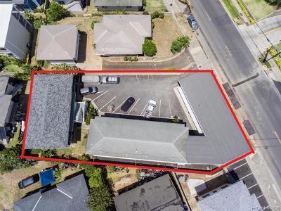 Honolulu Multi Family Home For Sale: 568 Kamoku Street