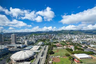 Central Oahu, Diamond Head, Ewa Plain, Hawaii Kai, Honolulu County, Kailua, Kaneohe, Leeward Coast, Makakilo, Metro Oahu, N. Kona, North Shore, Pearl City, Waipahu Rental For Rent: 1009 Kapiolani Boulevard #4402