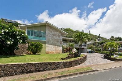 Honolulu Single Family Home For Sale: 5066 Poola Street