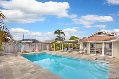 Kailua Single Family Home For Sale: 163 Hauoli Street
