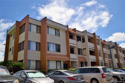 Pearl City Condo/Townhouse For Sale: 1103 Acacia Road #302