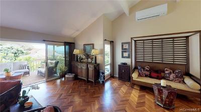Honolulu Single Family Home For Sale: 1592 Kalaniuka Circle #94