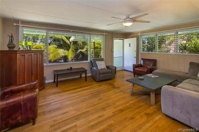 Kailua Single Family Home For Sale: 717 Oneawa Street