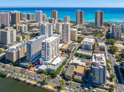 Honolulu Condo/Townhouse For Sale: 2415 Ala Wai Boulevard #2004