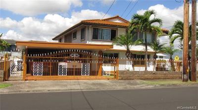 Pearl City Single Family Home For Sale: 1621 Kaumoli Street