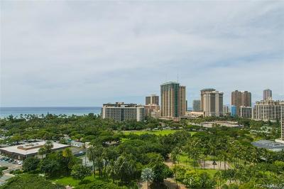 WAIKIKI Condo/Townhouse For Sale: 383 Kalaimoku Street #1610