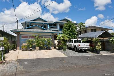 Pearl City Single Family Home For Sale: 98-218 Kaluamoi Place