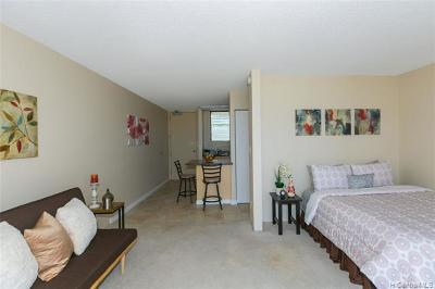Honolulu County Condo/Townhouse For Sale: 1561 Pensacola Street #1703