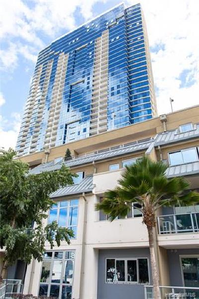 Condo/Townhouse For Sale: 555 South Street #406