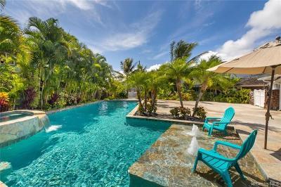 Kailua Single Family Home For Sale: 701 Pahumele Way