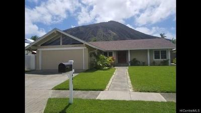 Single Family Home For Sale: 687 Kalanipuu Street