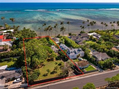 Honolulu Single Family Home For Sale: 5699 Kalanianaole Highway