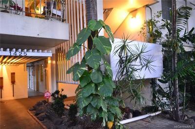 Honolulu Condo/Townhouse For Sale: 1425 Punahou Street #203