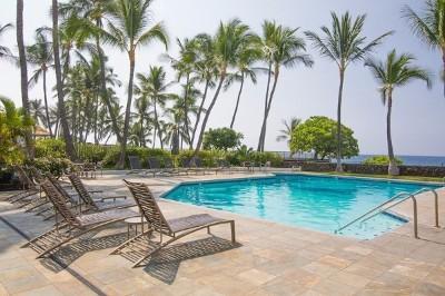 Kailua-kona Condo For Sale: 75-6040 Alii Dr #524