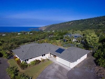 Captain Cook Single Family Home For Sale: 83-989 Kaohia Pl