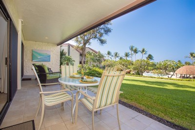 Kailua-Kona Condo For Sale: 78-7070 Alii Dr #C102